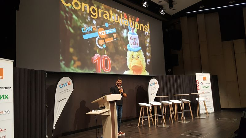 https://www.ow2.org:443/download/Events_Photos/OW2con_17_Photos/OW2con17_Day2_144333.jpg